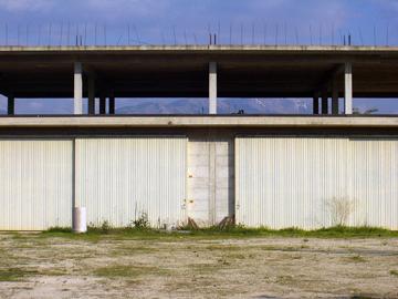 Vendesi vendo capannone capannone terreno agricolo for Capannone di 144 mq